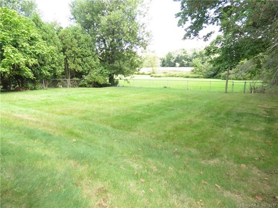 236 Middletown Avenue, Wethersfield, CT - USA (photo 5)
