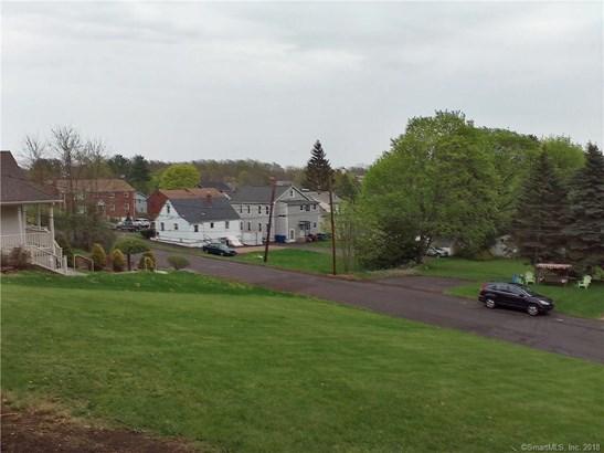 23 Essex Place, New Britain, CT - USA (photo 4)