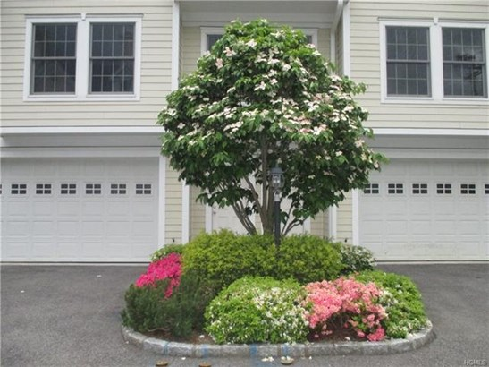 29 Carpenter Avenue B4, Mount Kisco, NY - USA (photo 2)