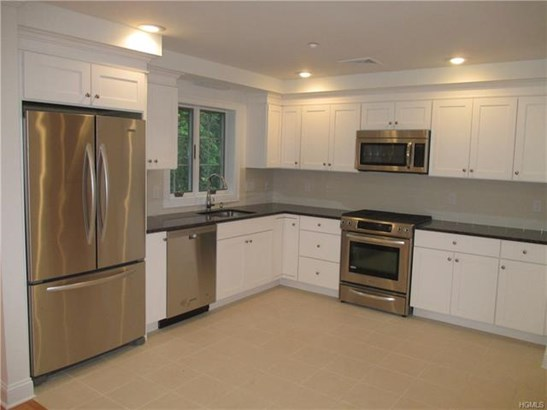29 Carpenter Avenue B4, Mount Kisco, NY - USA (photo 3)