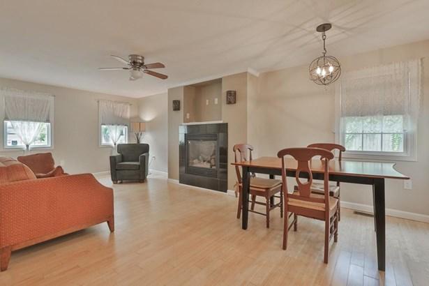75 Prospect St, Newburyport, MA - USA (photo 3)