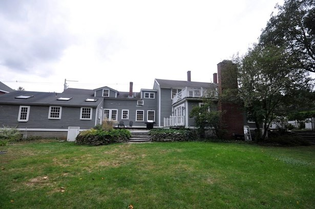 9 Lowell Street, Carlisle, MA - USA (photo 2)