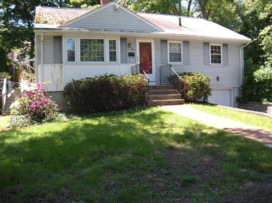 320 Green St, Stoneham, MA - USA (photo 1)