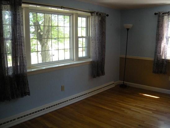 320 Green St, Stoneham, MA - USA (photo 2)