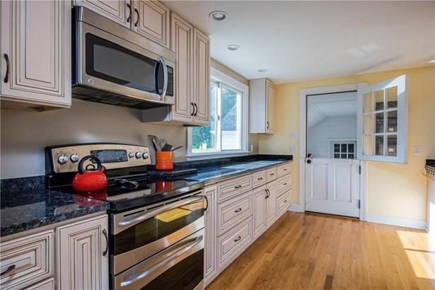 299 Nanaquaket Rd, Tiverton, RI - USA (photo 5)
