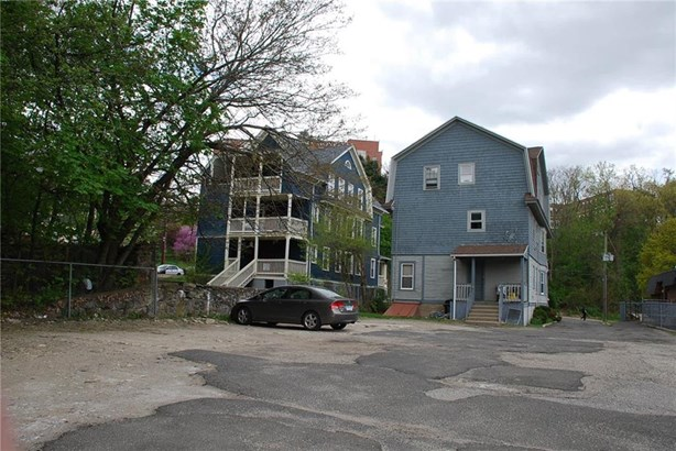 25 Robbins Street, Waterbury, CT - USA (photo 5)