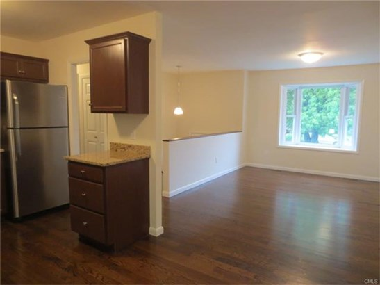 16 Harvest Lane, Naugatuck, CT - USA (photo 4)
