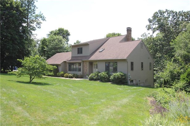 83 Oakwood Circle, Bristol, CT - USA (photo 3)