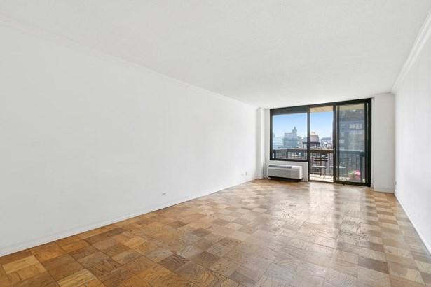 111 East 30th Street Apt 20c 20-c, New York, NY - USA (photo 2)