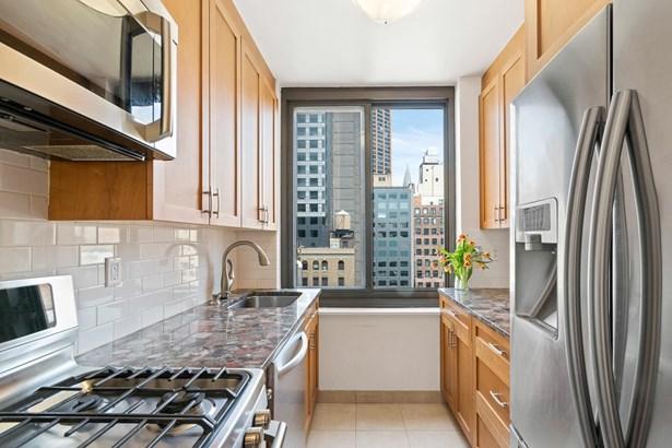 111 East 30th Street Apt 20c 20-c, New York, NY - USA (photo 5)