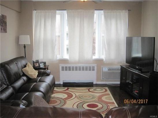 30 East Hartsdale Avenue 4j, Hartsdale, NY - USA (photo 3)