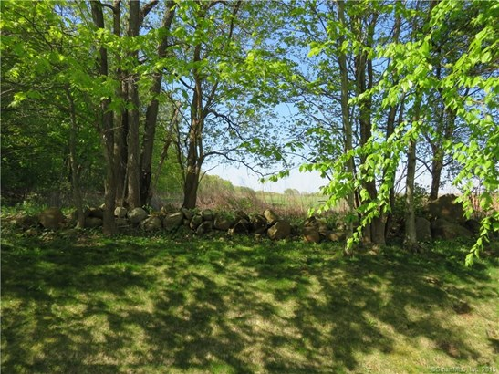135 Thorn Hollow Road, Cheshire, CT - USA (photo 4)