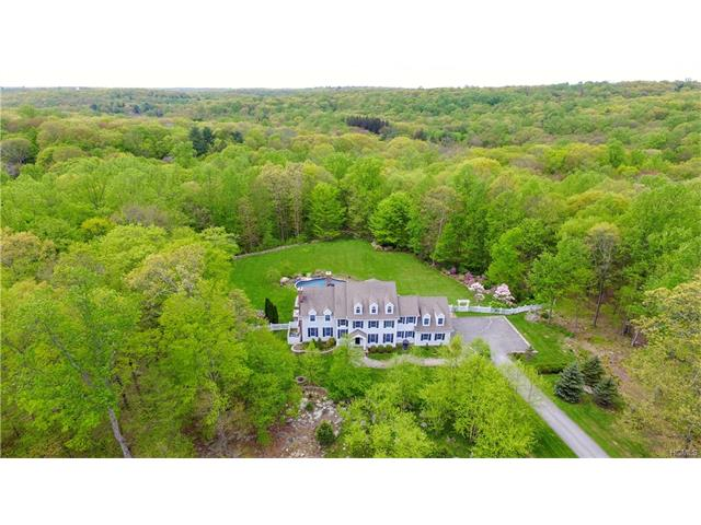 18 Dann Farm Road, Pound Ridge, NY - USA (photo 1)