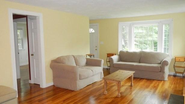 211 Parker St, East Longmeadow, MA - USA (photo 3)