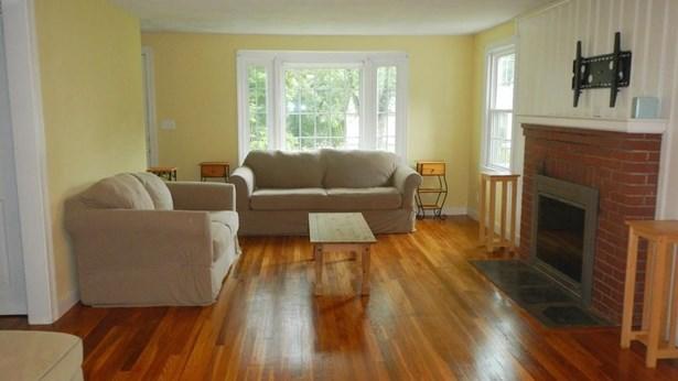211 Parker St, East Longmeadow, MA - USA (photo 4)