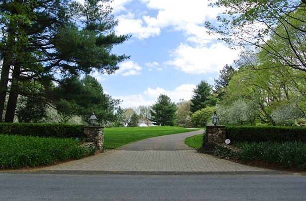 87 North Wilton Road, New Canaan, CT - USA (photo 2)