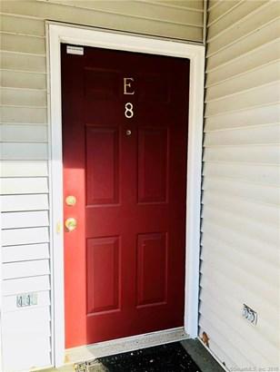 2612 North Avenue E8, Bridgeport, CT - USA (photo 2)