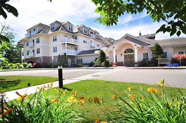 237 Fern Street 117e, West Hartford, CT - USA (photo 1)