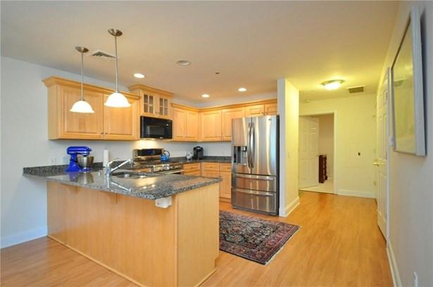 237 Fern Street 117e, West Hartford, CT - USA (photo 5)