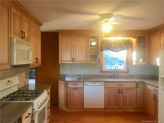 43 Stoddard Place, Beacon Falls, CT - USA (photo 2)