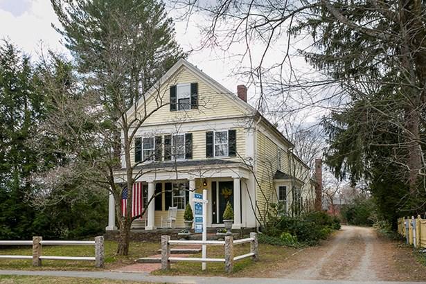 352 Sudbury Rd 352, Concord, MA - USA (photo 1)