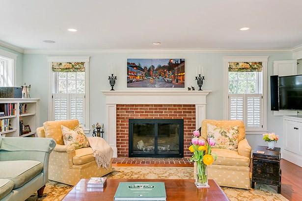 352 Sudbury Rd 352, Concord, MA - USA (photo 4)