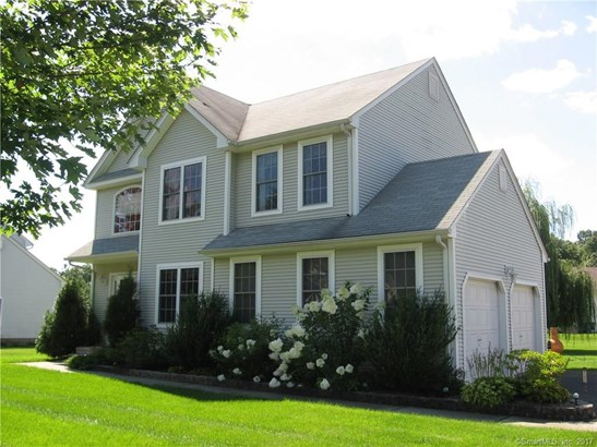 58 Acorn Drive, Windsor Locks, CT - USA (photo 2)