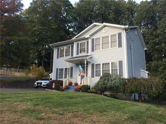 9 Laurie Lane, West Haven, CT - USA (photo 1)