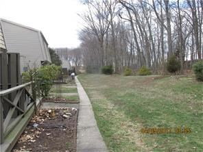 45 Locust Circle 45, Rocky Hill, CT - USA (photo 2)
