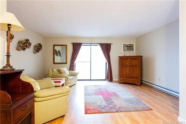111 Wooster Street 5d, Naugatuck, CT - USA (photo 1)