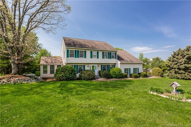 18 Dairy Hill Road, New Milford, CT - USA (photo 1)