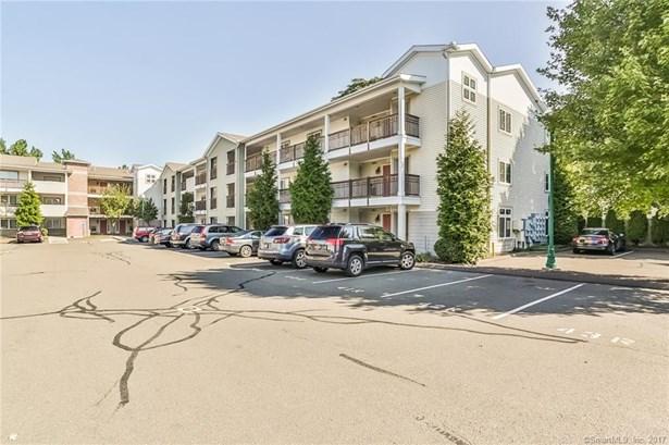 3250 Fairfield Avenue 215, Bridgeport, CT - USA (photo 2)