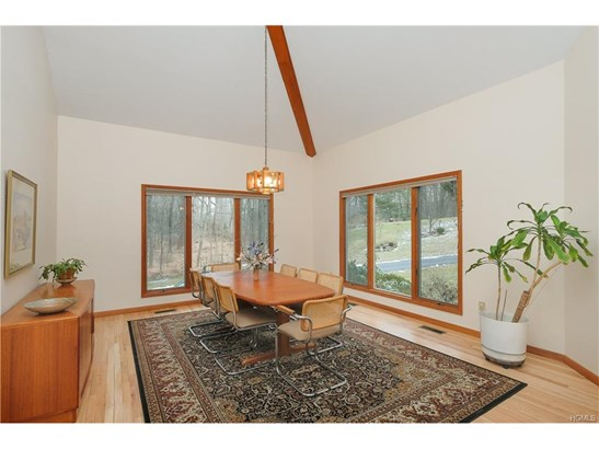 60 Spring Meadow Road, Mount Kisco, NY - USA (photo 3)