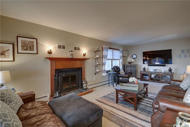761 Lydall Street, Manchester, CT - USA (photo 2)