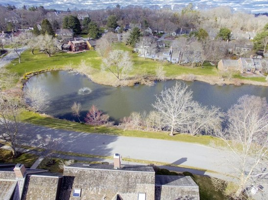 9 Potter Pond 9, Lexington, MA - USA (photo 2)
