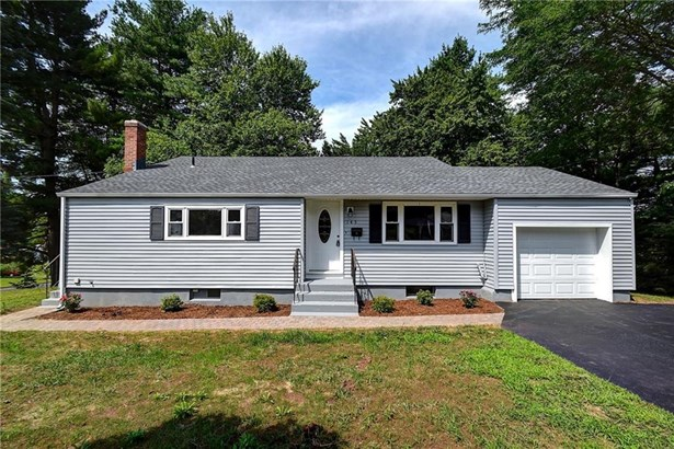 145 Westerly Terrace, East Hartford, CT - USA (photo 2)