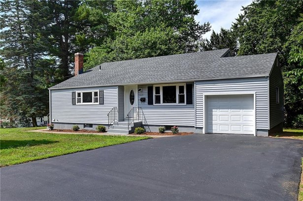 145 Westerly Terrace, East Hartford, CT - USA (photo 3)