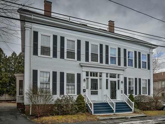 66 Middle St 2, Newburyport, MA - USA (photo 1)
