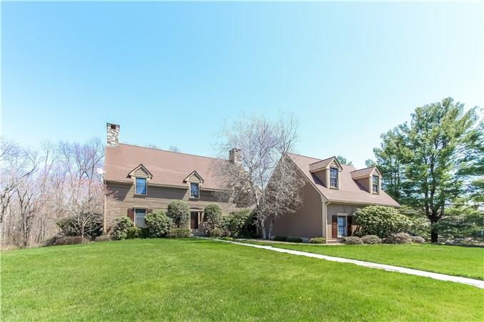 15 Davenport Farm Lane East, Stamford, CT - USA (photo 1)