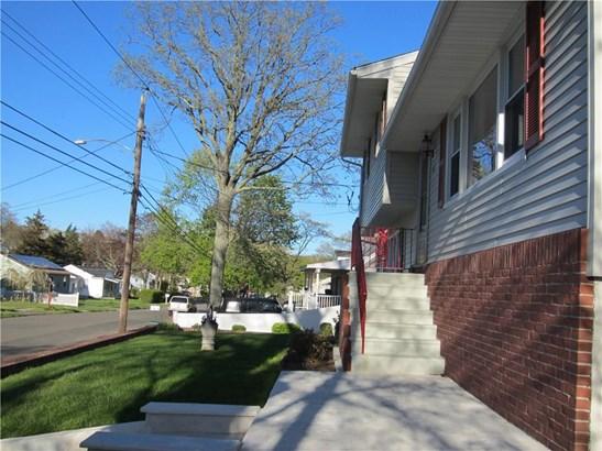 26 Hartman Avenue, East Haven, CT - USA (photo 3)