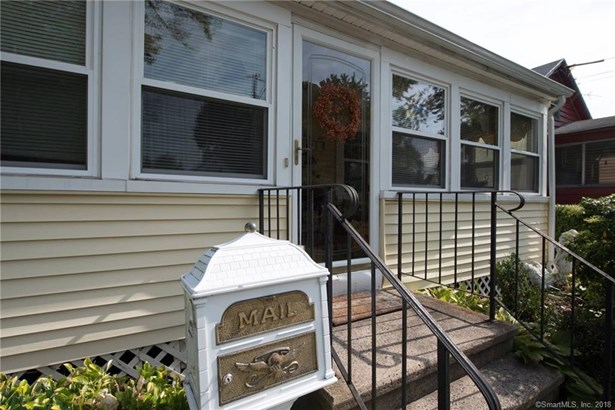 65 Iver Avenue, East Haven, CT - USA (photo 1)