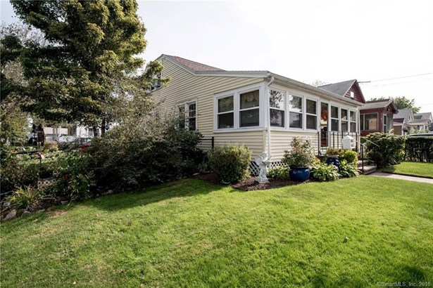 65 Iver Avenue, East Haven, CT - USA (photo 3)