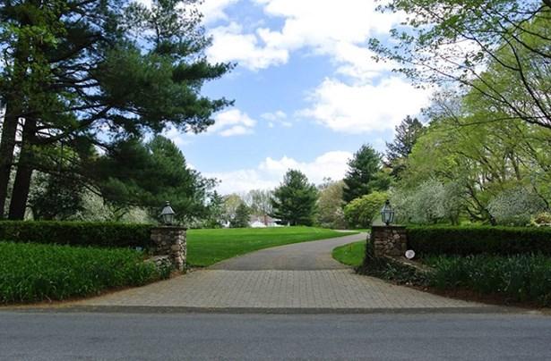 87 North Wilton Road, New Canaan, CT - USA (photo 2)