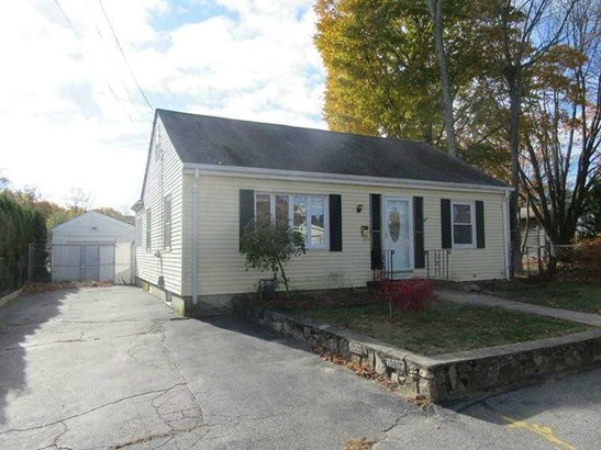 13 Meadow Av, Cumberland, RI - USA (photo 4)