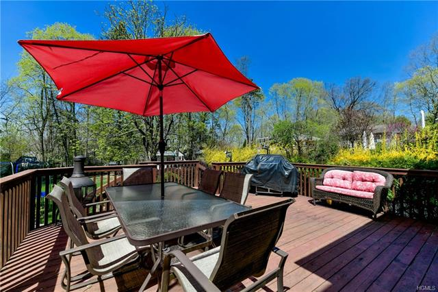 18 Grandview Avenue, Suffern, NY - USA (photo 3)