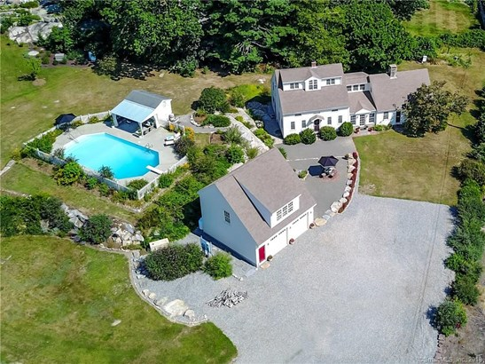 500 Noank Road, Groton, CT - USA (photo 2)