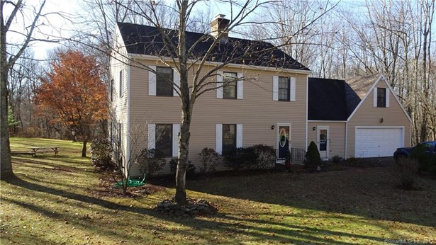 795 Old Hartford Road, Colchester, CT - USA (photo 1)