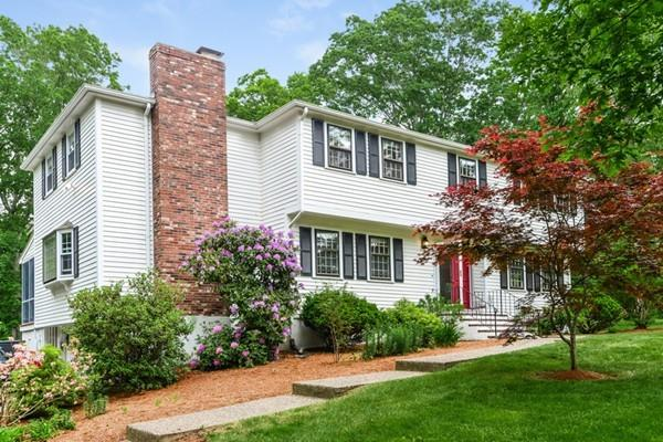 74 Indian Hill Rd, Medfield, MA - USA (photo 3)