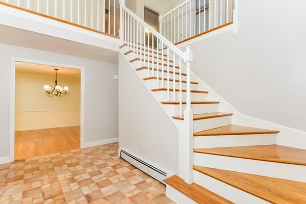 74 Indian Hill Rd, Medfield, MA - USA (photo 4)