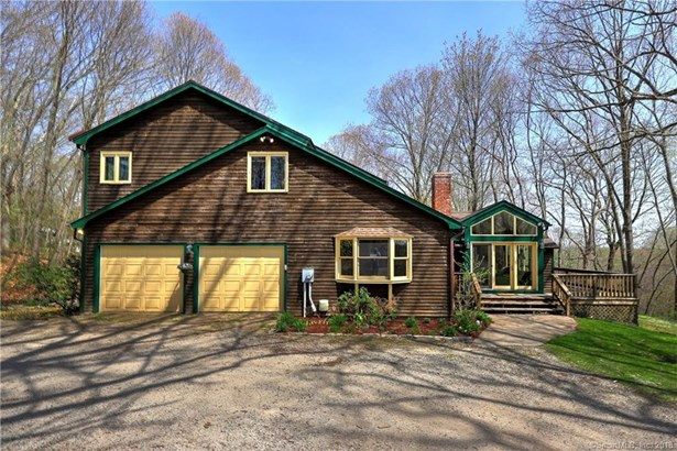 200 Porters Hill Road, Trumbull, CT - USA (photo 4)